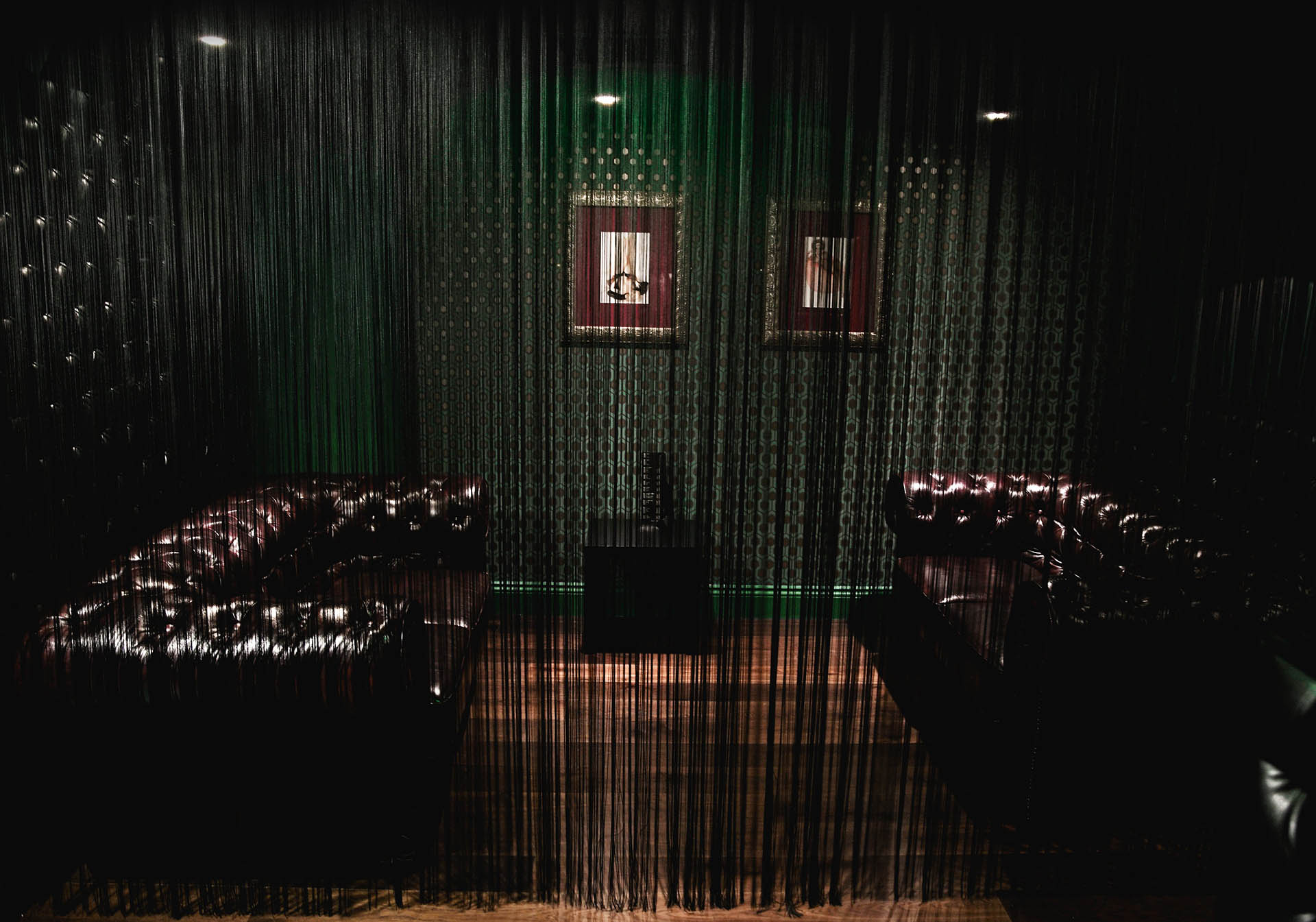 vanity-curtain-covered-seating-image-1